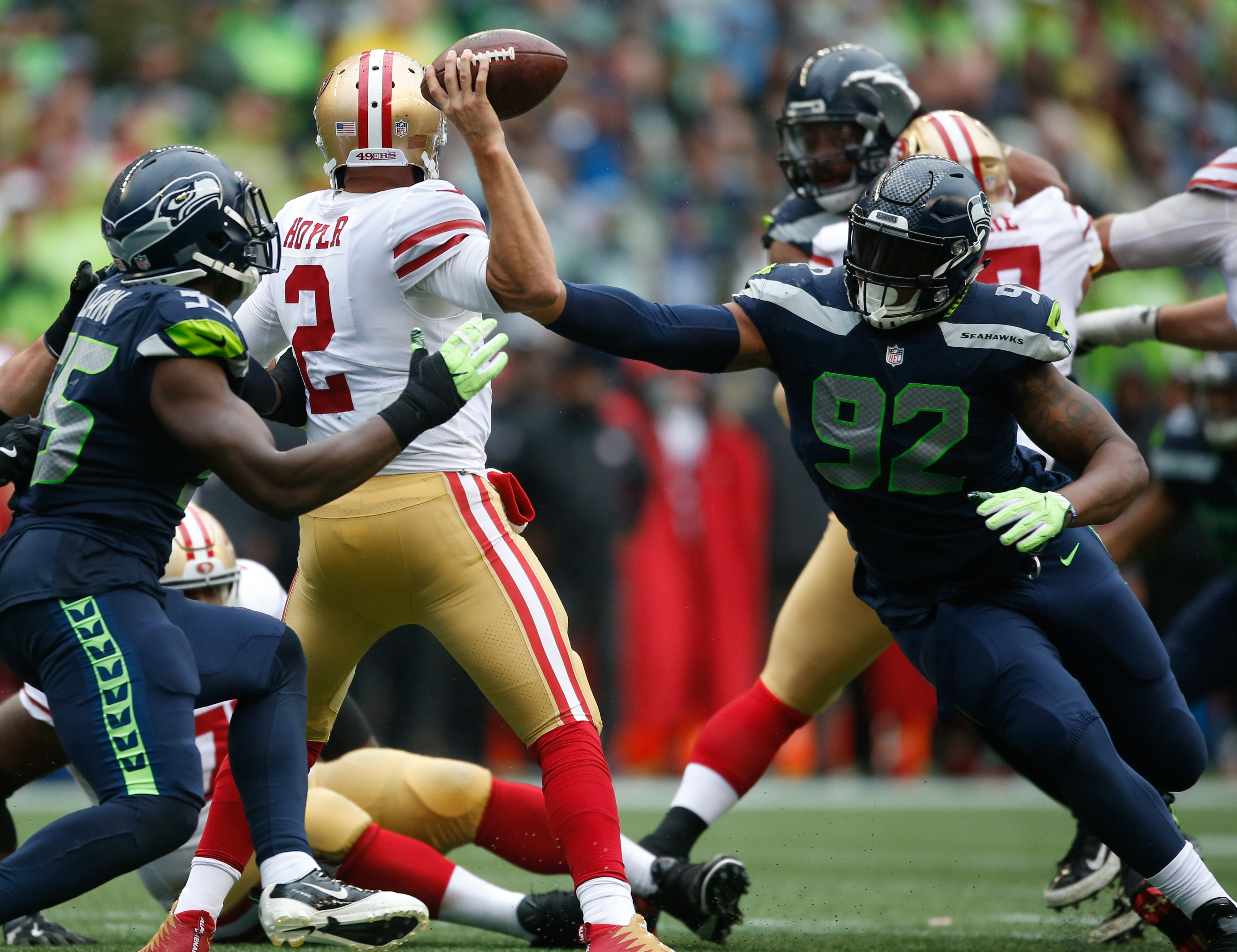 Seattle, Russell Wilson snatch victory from 49ers